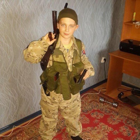 На Донбасі воює 14-річний бойовик (фото)