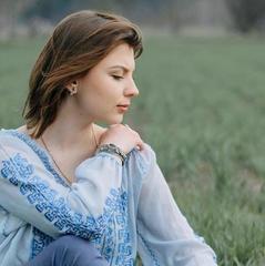 Українська співачка вразила мережу новим синглом про любов (аудіо)
