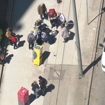 Вантажівка в'їхала у натовп пішоходів у Торонто: є загиблі