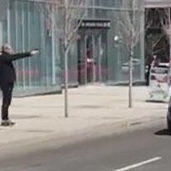 Наїзд на пішоходів у Торонто: оприлюднено відео затримання озброєного зловмисника