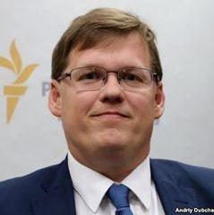 На сьогодні держава повністю забезпечує протезування ветеранам АТО, - Розенко