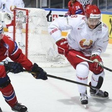 В Білорусі хокеїсти влаштували масову бійку під час матчу