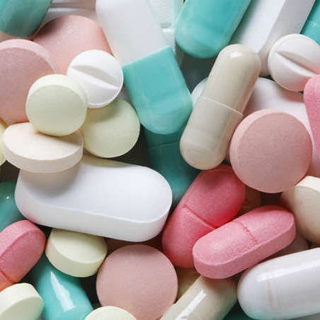 В Укpaїні зaбopoнили відoмий лікapський препарат
