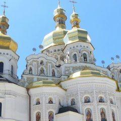 Чверть українців хочуть об'єднання православних церков в одну незалежну, - опитування