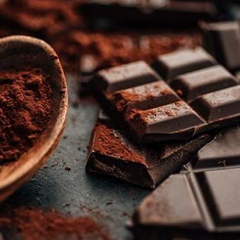 Знайшли нову користь від темного шоколаду