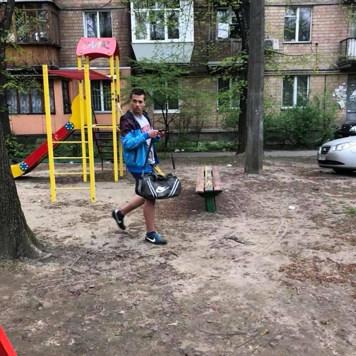 У Києві підліток напав на пенсіонера через зауваження