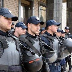 На травневі свята наряди поліції патрулюватимуть місця відпочинку громадян
