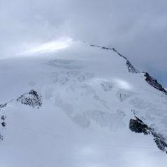 У швейцарських Альпах загинули 10 людей через погану погоду