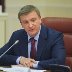 Три тисячі євро на добу: міністр юстиції Павло Петренко відпочиває в Туреччині (відео)