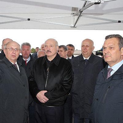 Лукашенко розповів, як правильно пити алкоголь