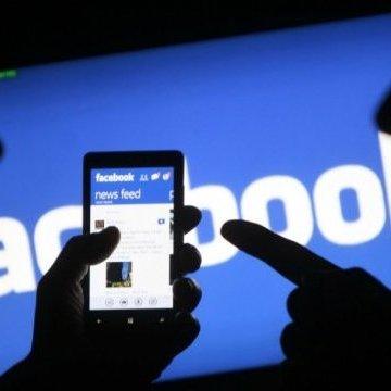 Cambridge Analytica закривається на тлі скандалів навколо Facebook