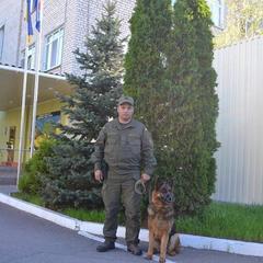 На Миколаївщині службовий собака знайшов зниклу дитину, що готувалась до самогубства