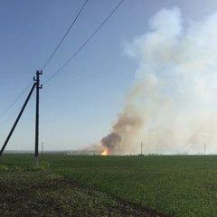 До гасіння пожежі у Балаклії залучили авіацію