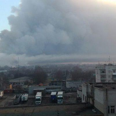 ДСНС: У Балаклії ще подекуди тліє, без вибухів