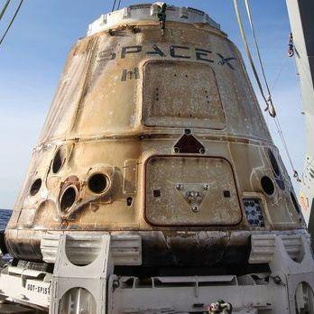 Космічний корабель Dragon повернувся на Землю із МКС – SpaceX