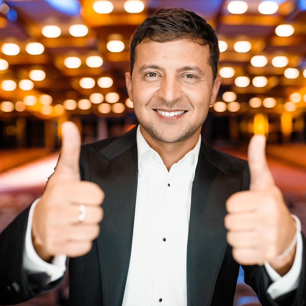 Стало відомо, до яких громадсько-політичних діячів українці ставляться найкраще