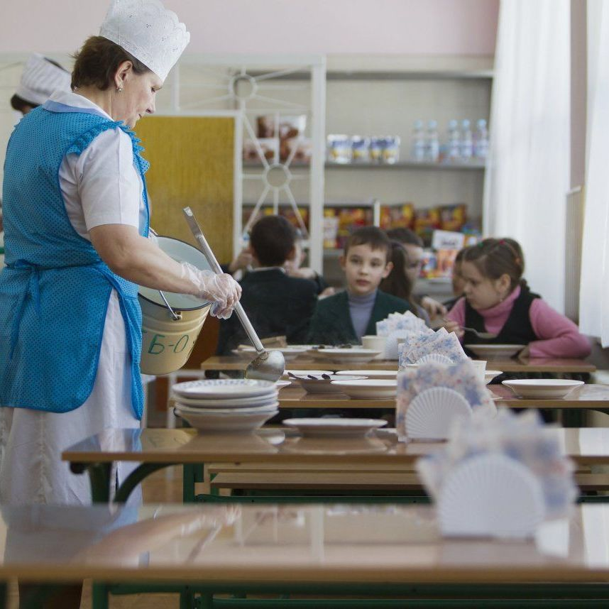 В Україні посилюють вимоги до якості харчування в навчальних закладах
