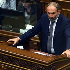 У Вірменії лідер протестувальників Пашинян очолив уряд