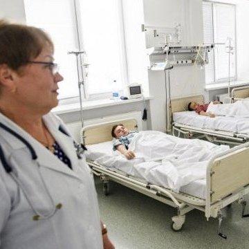 Масове отруєння у Черкасах: до лікарні потрапили двоє військових