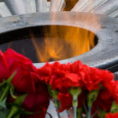 У Запоріжжі запалили вогонь пам'яті жертв Другої Світової війни: відео