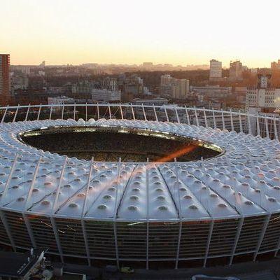 Расизм, злодії та заборона наркотиків: у посольстві Британії надали поради фанатам «Ліверпуля», які збираються на фінал ЛЧ у Києві
