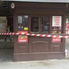 У Львові стався вибух в кіоску фаст-фуду, постраждала дівчина