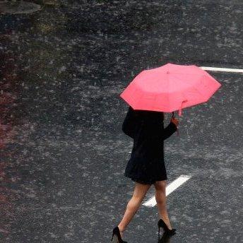 Прогноз погоди на 12 травня: потужні грози та зливи накриють частину України