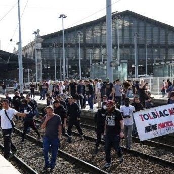 У Франції паралізований рух поїздів: залізничники знову страйкують