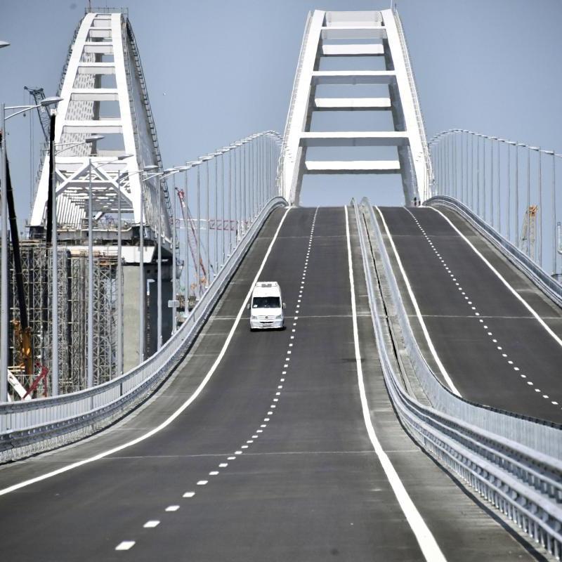 США засуджують будівництво Росією Керченського мосту