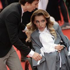 Самойлова поскаржилася на Перший канал, який поскупився на коляску і плаття