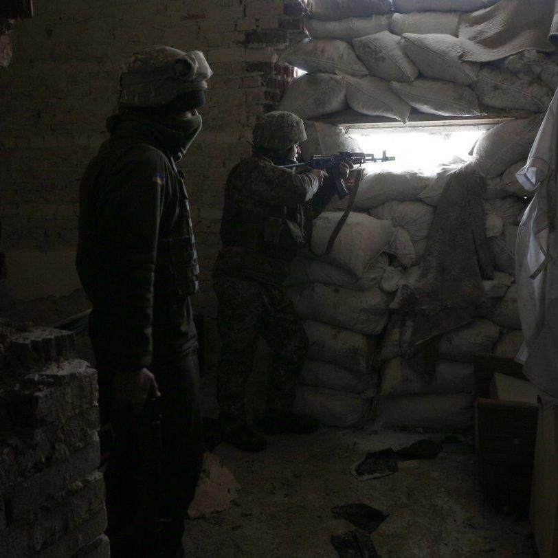 Доба на Донбасі: на всій лінії зіткнення вівся вогонь, знищено двох бойовиків - ООС