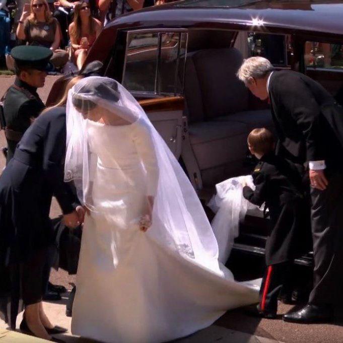 Весільне вбрання дружини принца Гаррі: деталі