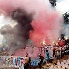 У Черкасах на стадіоні сталася бійка між фанатами і поліцією, було затримано 26 осіб
