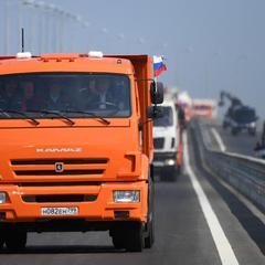 19-кілометровий зашморг: екологи та моряки попередили про катастрофічні наслідки будівництва Кримського мосту (відео)