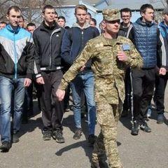 У Тернополі з вікна випав призовник - тікав з військкомату