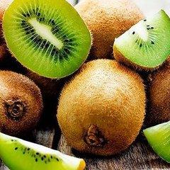 Назвали фрукт, який корисніше їсти зі шкіркою
