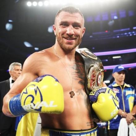 Ломаченко відмовився від титулу чемпіона світу за версією WBO