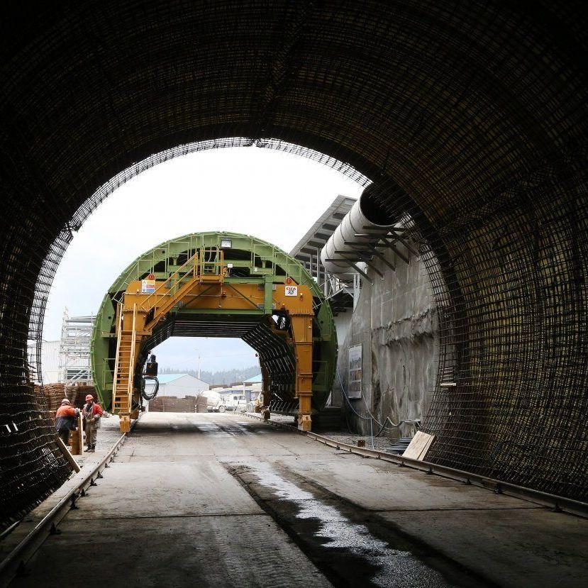 Порошенко відкрив Бескидський тунель (відео)