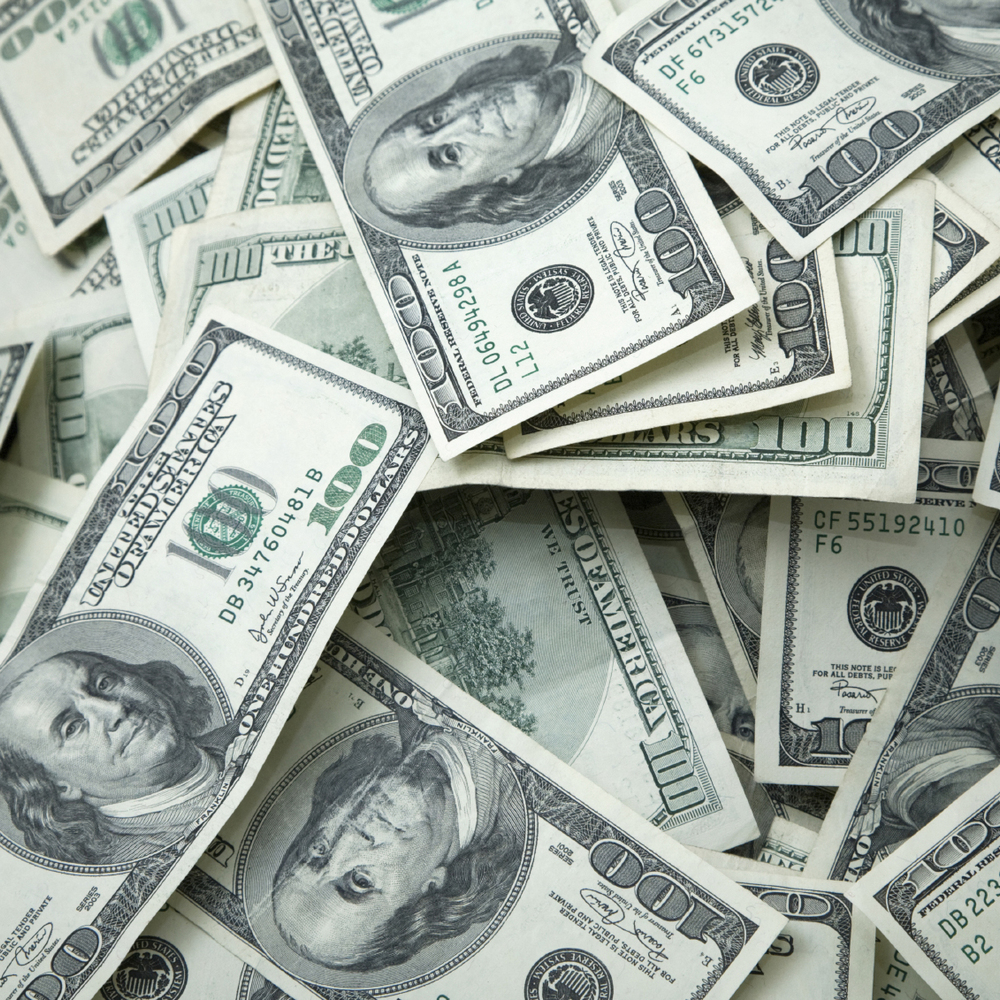 Курс валют на 25 травня
