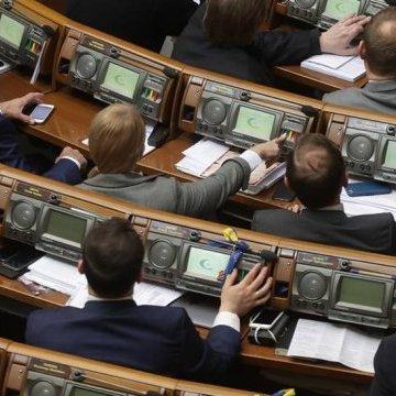 Порошенко очікує на ухвалення закону про антикоруційний суд у червні