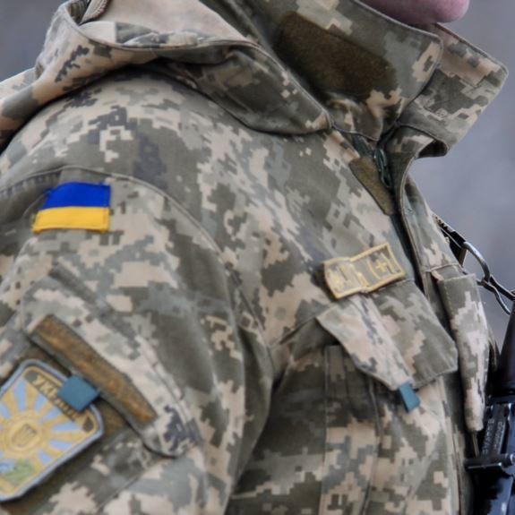Під Києвом солдата-строковика розчавила вантажівка у військовій частині