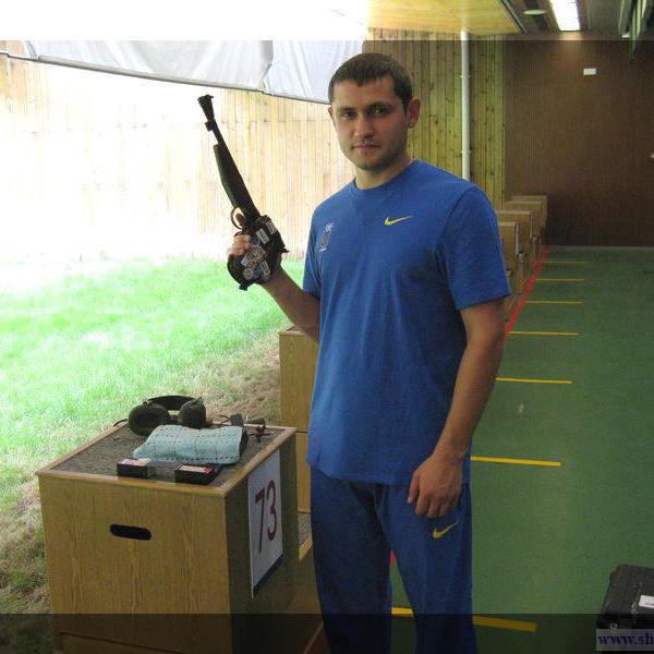 Українець встановив новий світовий рекорд у стрільбі з пневматичного пістолета
