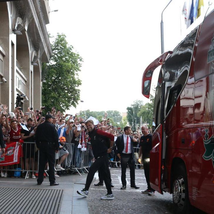 Скандал зі скасуванням рейсів до Києва: «Ліверпуль» відшкодує вартість квитків уболівальникам, які не потраплять на фінал