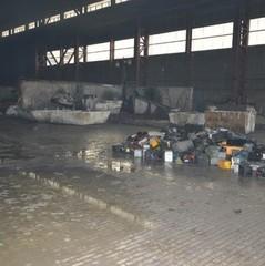 У Дніпрі загорівся завод з переробки акумуляторних батарей