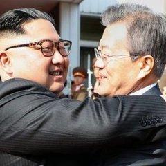 Лідери Північної і Південної Кореї провели незаплановану зустріч