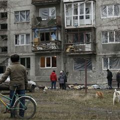 На Донбасі від уламку снаряду бойовиків загинула дитина