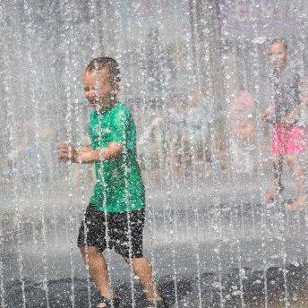 Прогноз погоди на 29 травня: в Україну йде спека