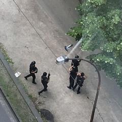 У Бельгії чоловік на вулиці розстріляв двох поліцейських і захопив заручницю