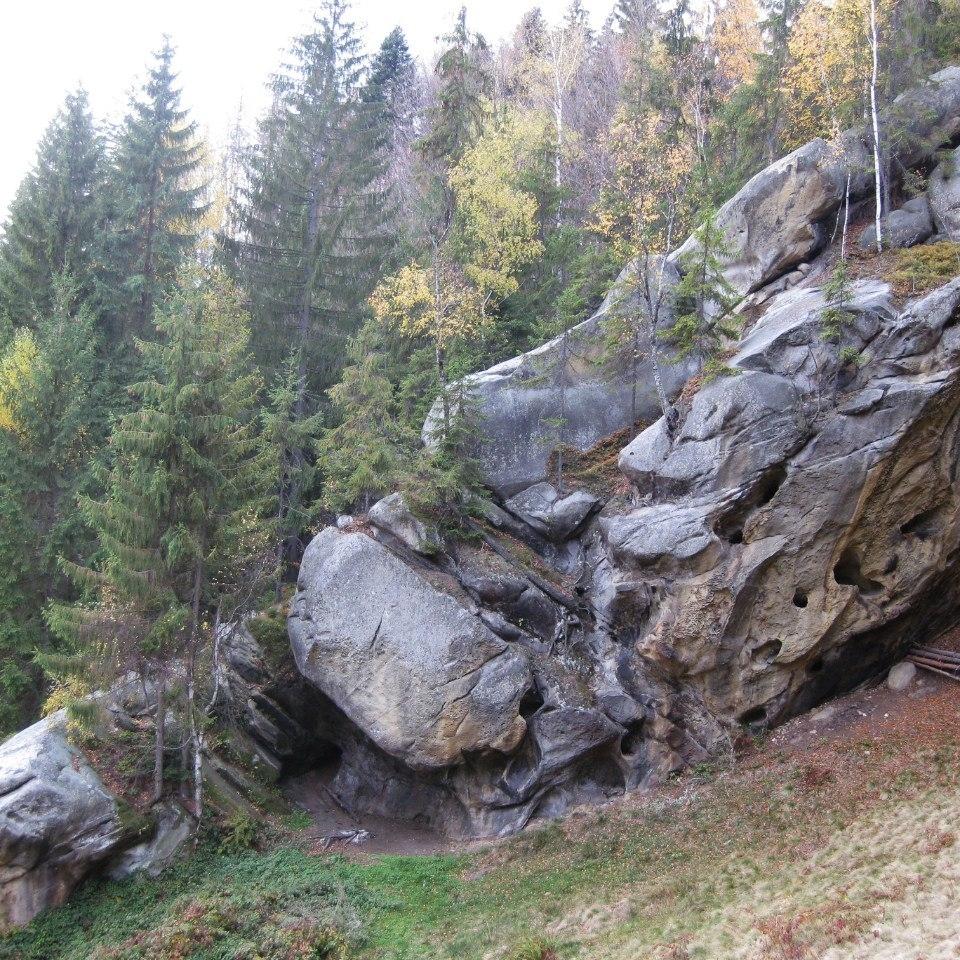 На Буковині заблукали 66 туристів