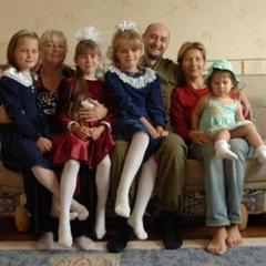 «Велика сім'я сьогодні втратила батька»: у Аркадія Бабченка залишилися сиротами 6 дітей (фото)